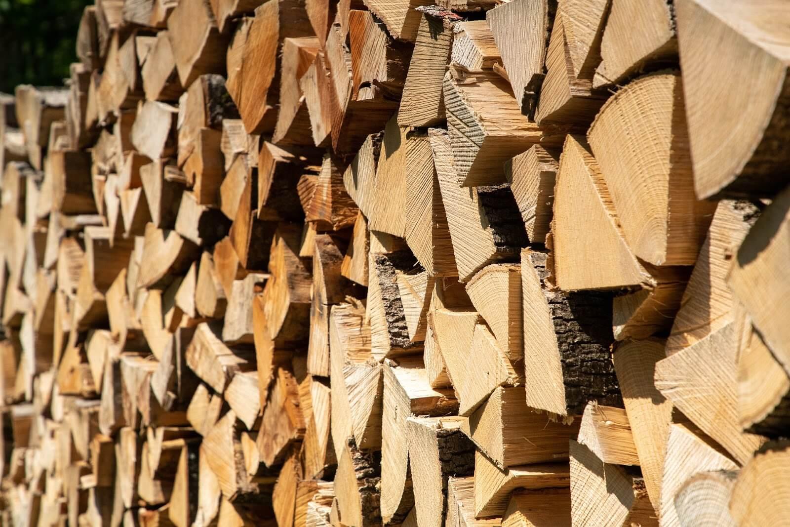 Retardante de chamas para madeira: saiba como proteger as superfícies